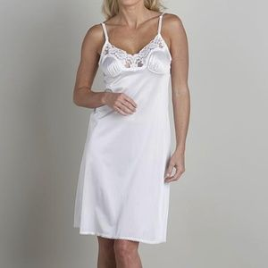 Vassarette White Lace Anti-Static Full Slip Size38